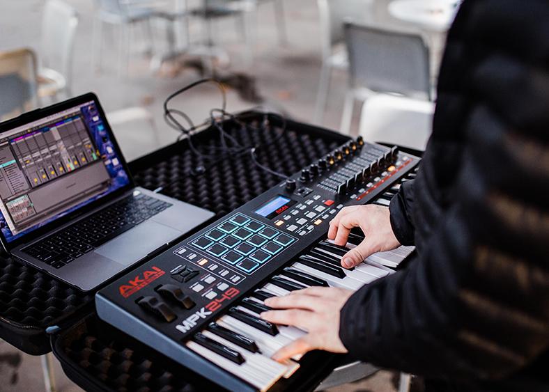 Rodman Steele playing electric keyboard